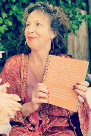 Kleuren van geluk - boek van Anne-Lies Smal via Kracht van Kleur